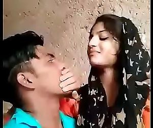 Niee Desi Lovers Kissing & Fuck Sex 3 min