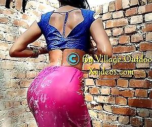 Part 1 New Indian Outdoor Bath Mms Desi Outdoor Sex Village Outdoor 11 min 1080p