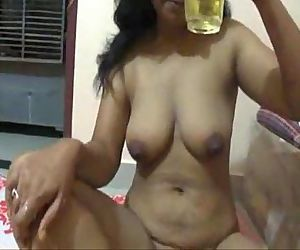 Mona Super Hot Indian Bhabhi Drinking Bear - 8 min