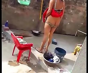 Nisha Rani big ass bathing 15 sec