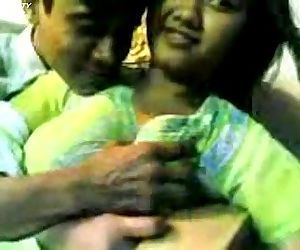 indian couple - 2 min